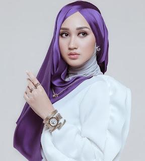 Fashion Hijab Wanita Muslimah