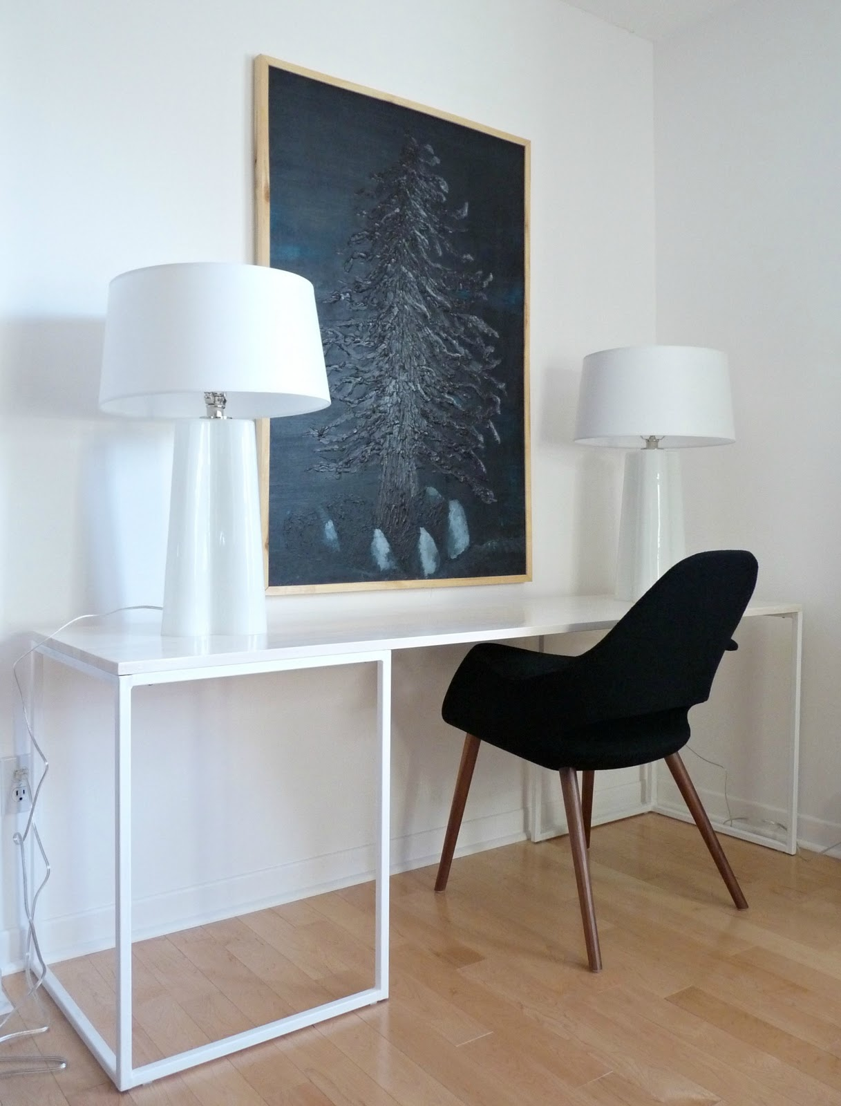 White desk with black chair // Black + white accessories
