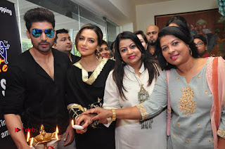 Bollywood Actress Sana Khan Launches Aakrithi Exibition  0297.JPG