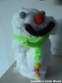 Toilet roll and cotton wool snowman craft
