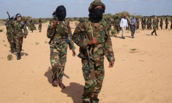 حركة الشباب الصومال تعدم خمسة اشخاص من بينهم مواطن بريطاني.
