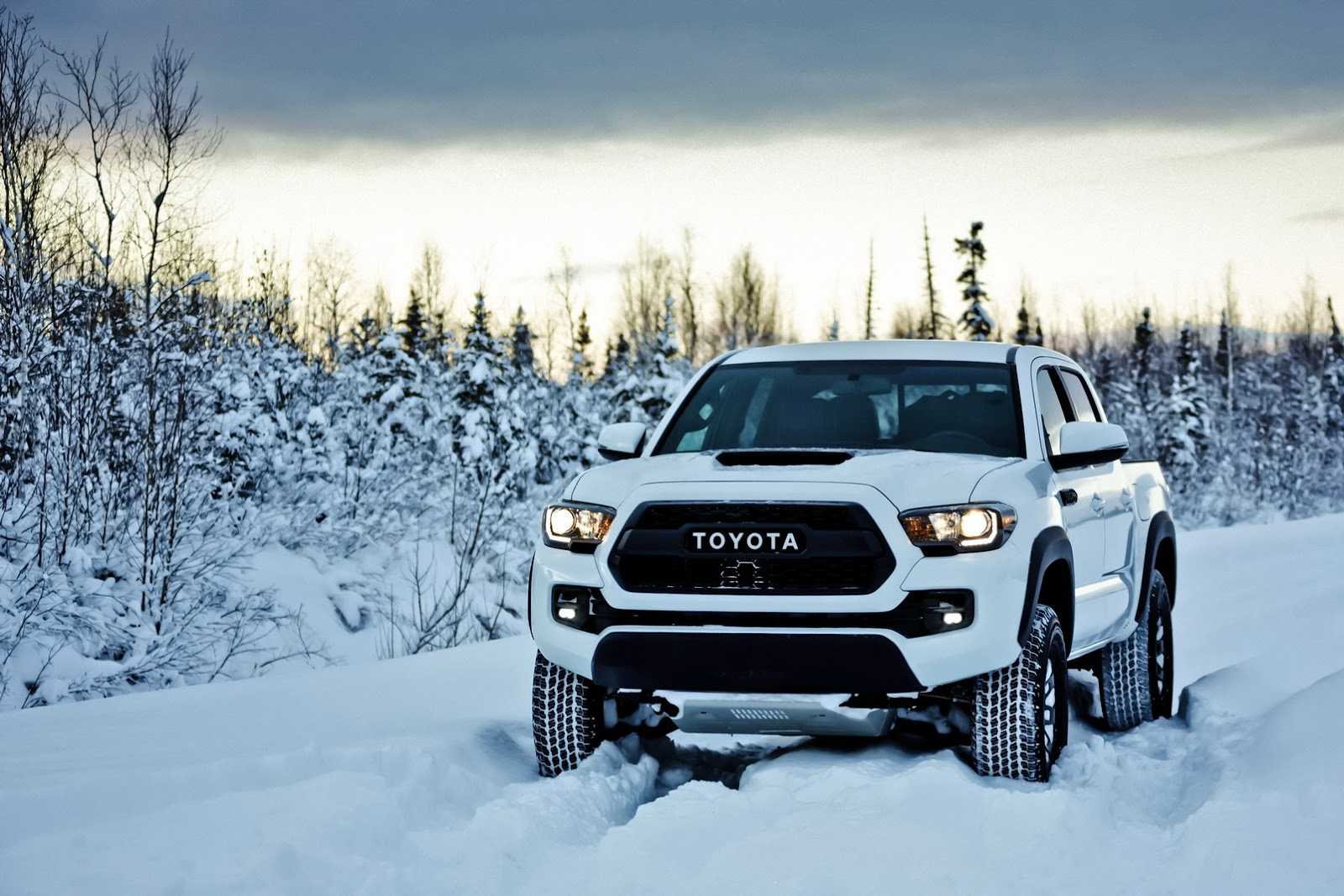 2017 Toyota Tacoma Trd Pro Is Like A Japanese Raptor
