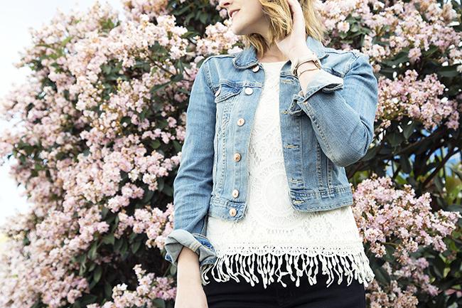 How-To: Wear Denim Jacket in Spring