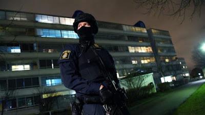 suecia, gobernantes, ayuda, policia