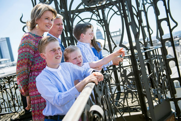 King Philippe, Queen Mathilde, Crown Princess Elisabeth, Prince Emmanuel, Princess Eleonore and Prince Gabriel at photo-shoot, holiday, style, fashions