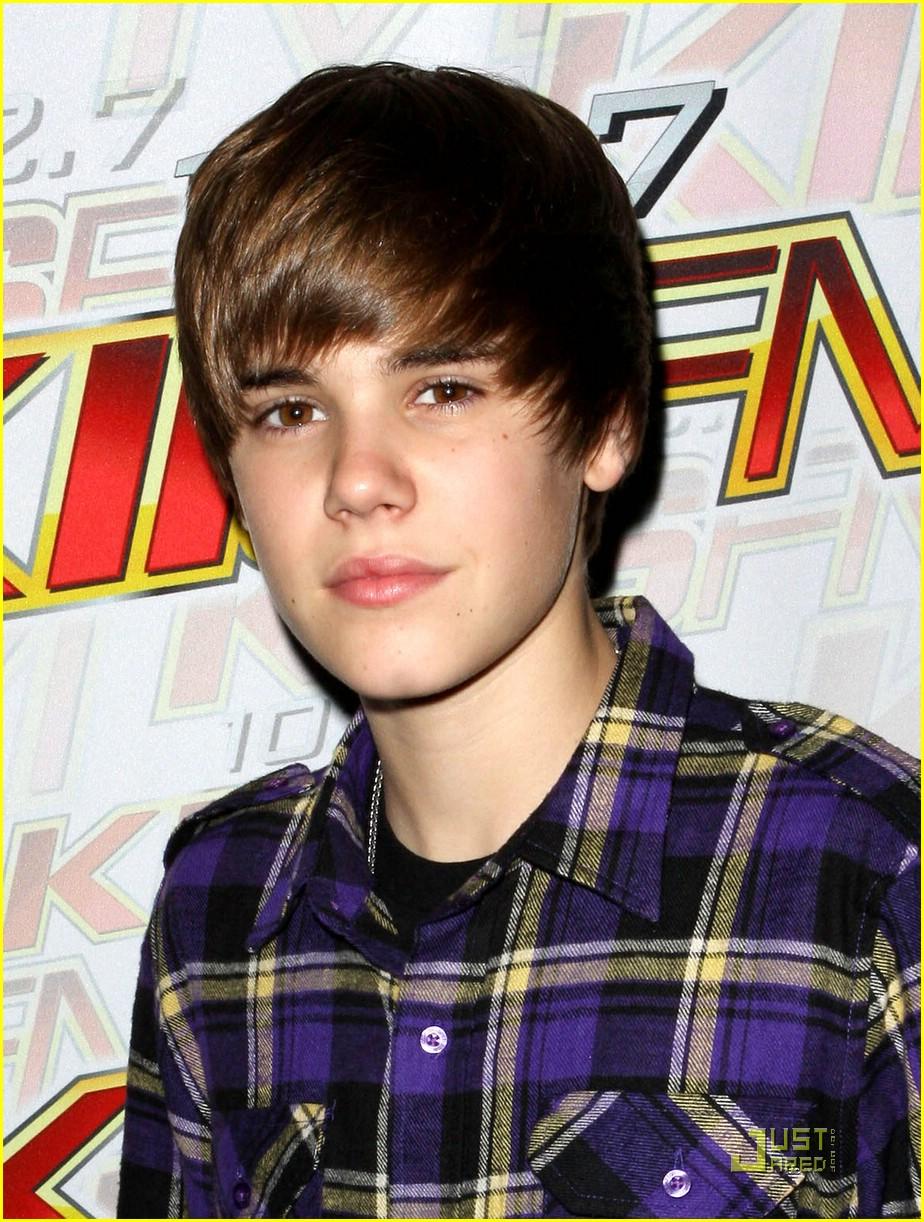 Pz C Puertas Exterior: PZ C: Justin Bieber Hairstyle