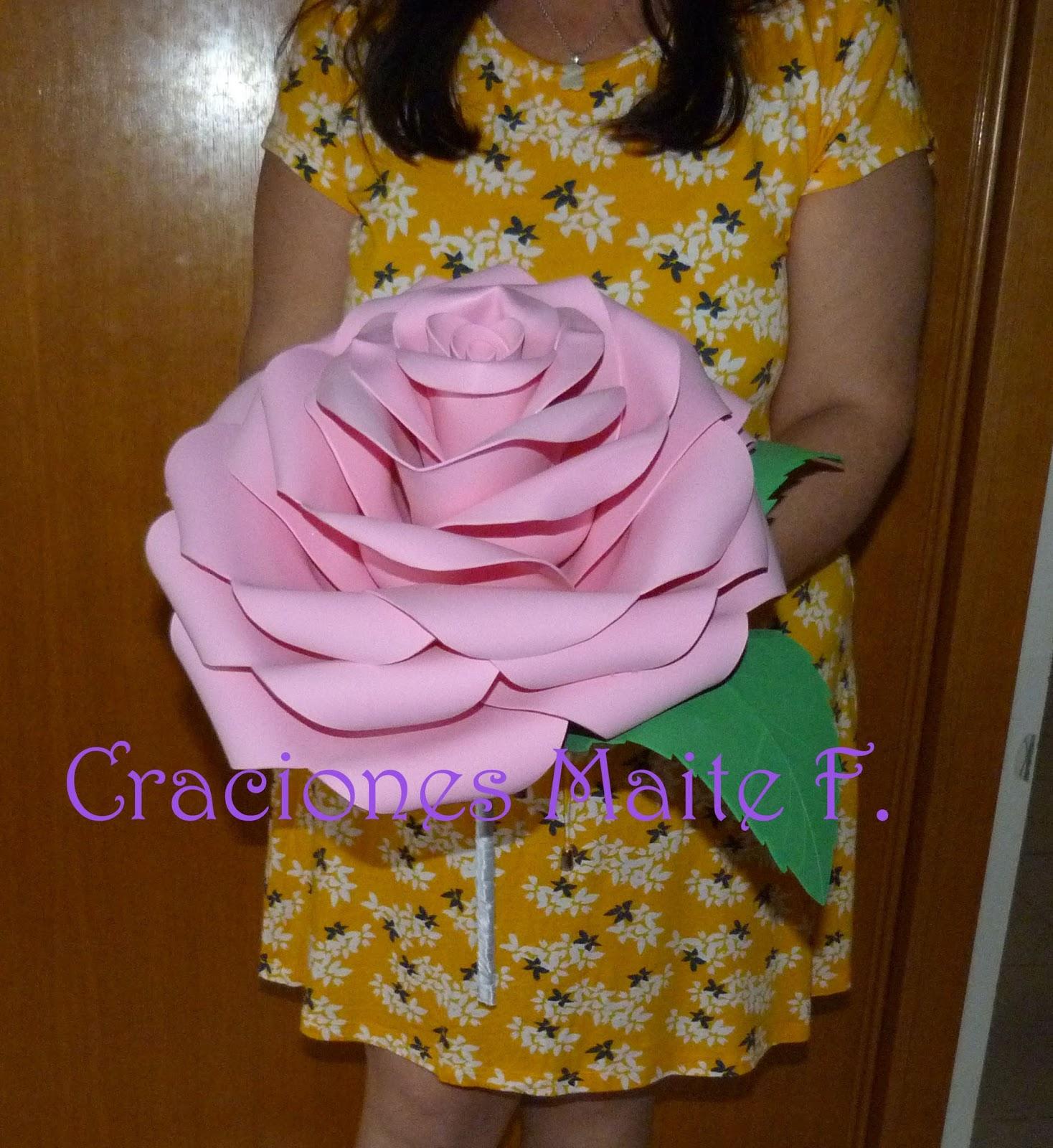 Rosa Gigante De Goma Eva - Flores de Papel