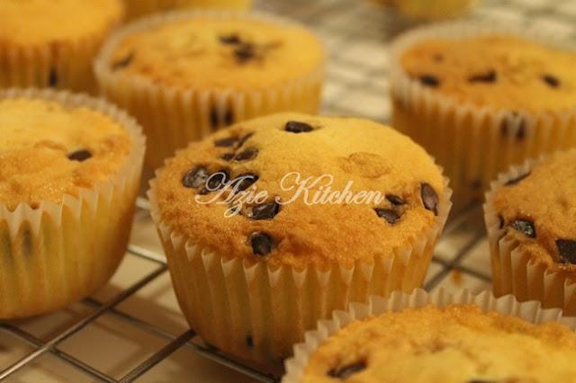 Vanilla Dan Chocolate Chips Cupcakes Untuk Tahfiz Darul Atiq