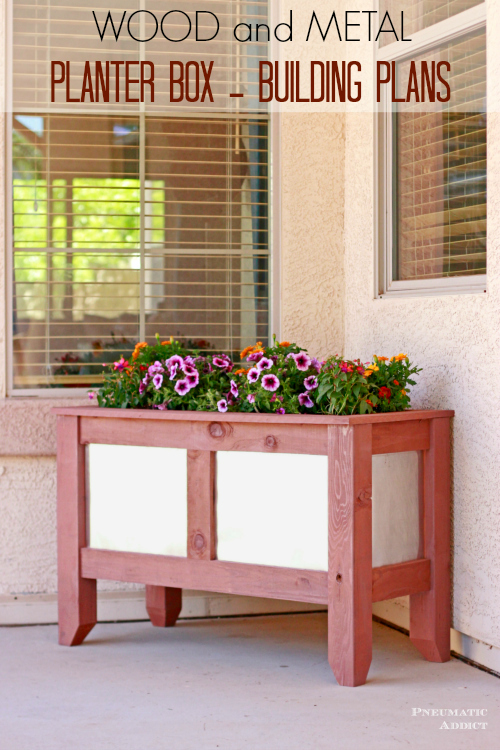 Free building plans!  DIY Wood and metal planter boxes