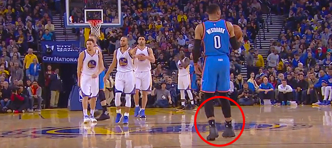 Russell Westbrook Commits Most Obvious Travel in NBA History (VIDEO)