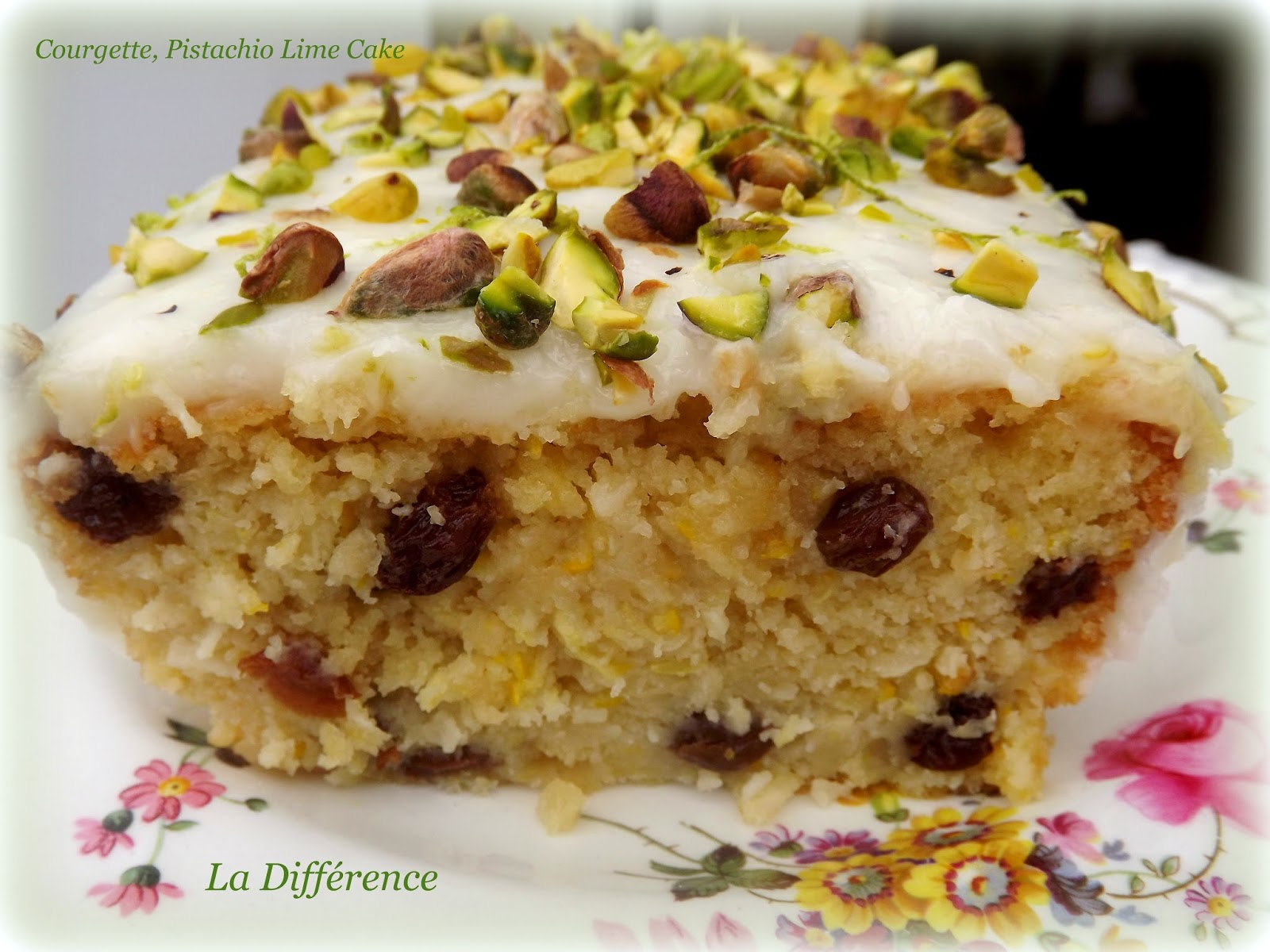la diff rence courgette zucchini lime cake with pistachios. Black Bedroom Furniture Sets. Home Design Ideas