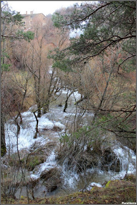 Río Júcar con el Molino De La Chorrera al fondo (1)