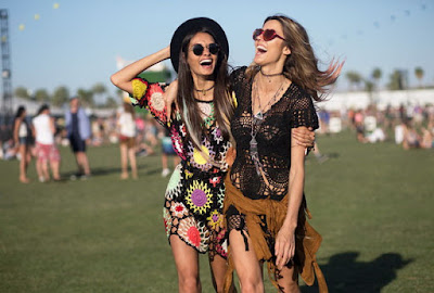 PERFECT LOOK FOR A FESTIVAL