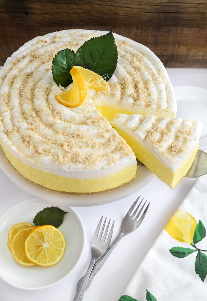 Lemon Cake With Lemon Jello In It