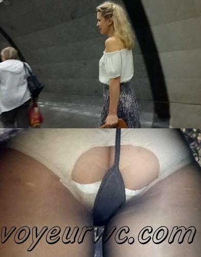 Upskirts 3746-3765 (Secretly taking an upskirt video of beautiful women on escalator)