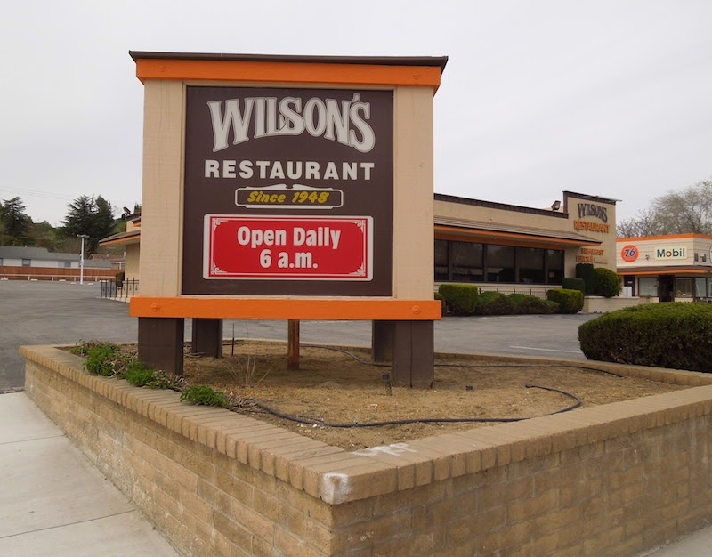 Sign for Wilson's Restaurant in Paso Robles, in 2013, not long after it had closed. © B. Radisavljevic