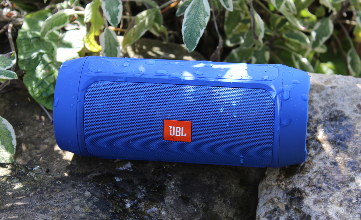 Review jbl charge 2 bluetooth speakers for Housse jbl charge 2