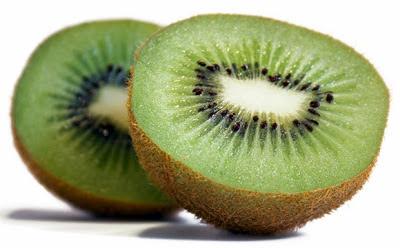 Manfaat Buah Kiwi Untuk Kasehatan Dan Kecantikan