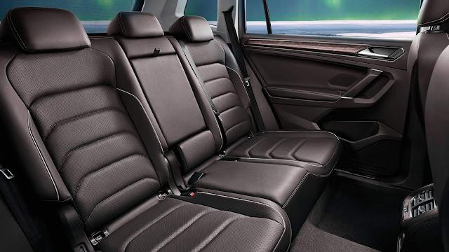 Volkswagen Tiguan AllSpace L - espaço traseiro