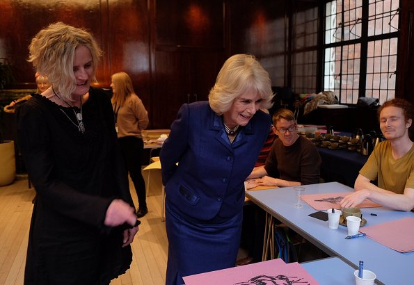 The Duchess visited a life-drawing workshop run by Portugal Prints