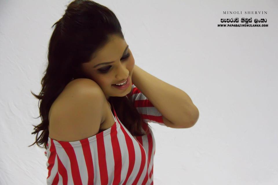 Hot Actress Photos Net: Rithu Akarsha Hot Photos Collections
