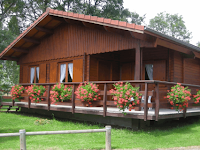 Perbandingan Gaya Desain Rumah Pedesaan Dengan Perkotaan