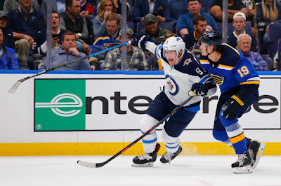 In The Slot Blues Bouwmeester Agree To One Year