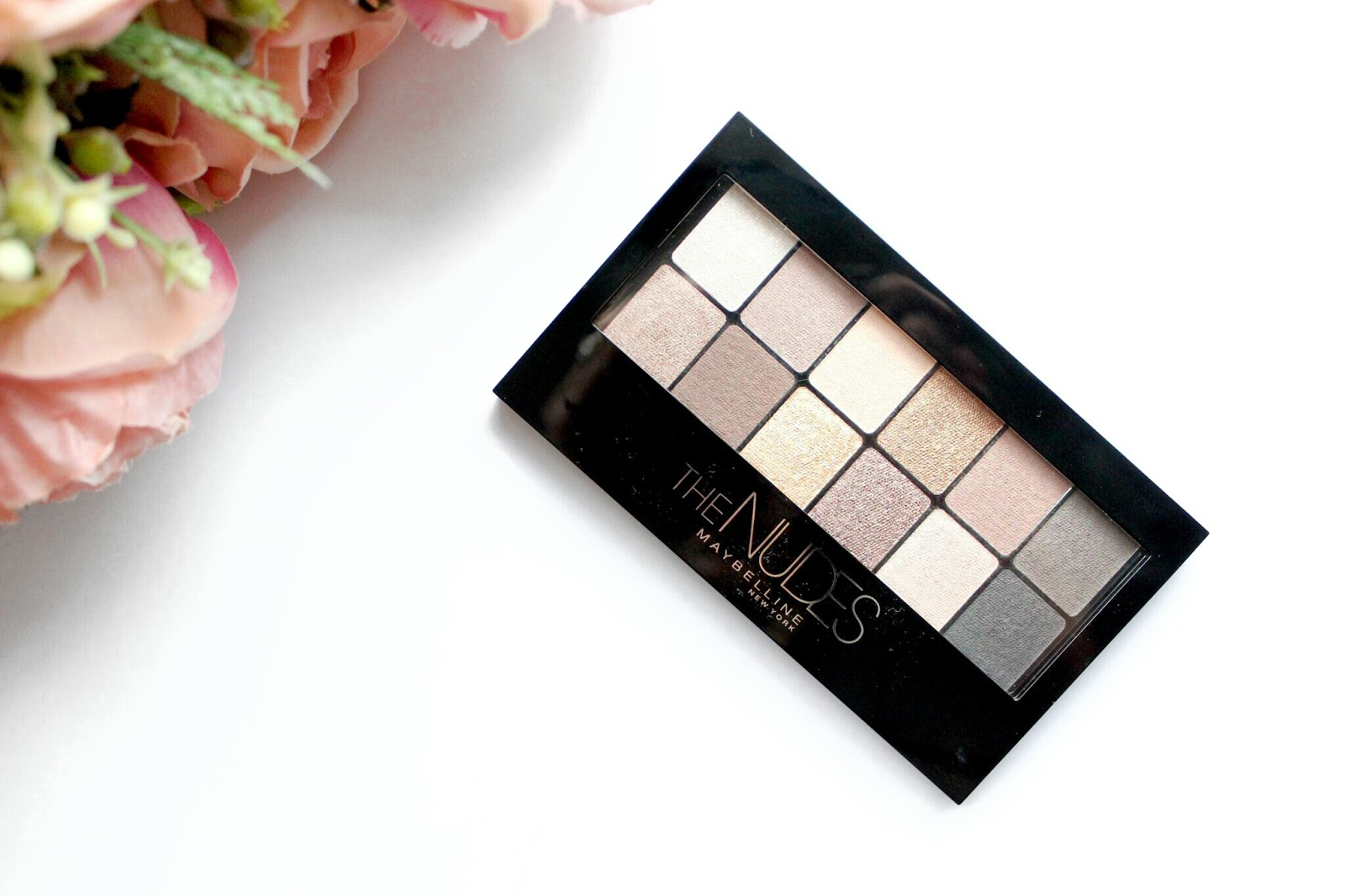 A picture of the Maybelline The Nudes Eyeshadow Palette