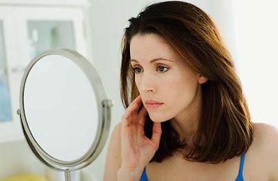 Viên uống trị nám transino 240v phù hợp cho phụ nữ trên 30 tuổi