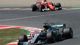 FÓRMULA 1 - Hamilton ganó la partida a Vettel en Barcelona