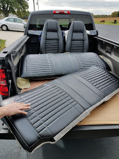 70_charger_black_leather_seats