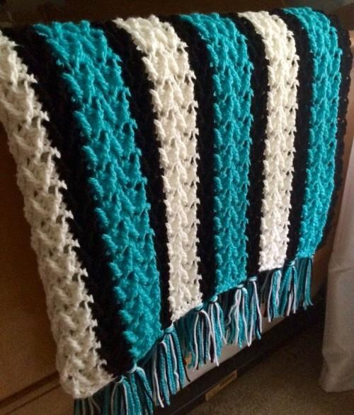 Arrowhead Striped Afghan - Free Pattern