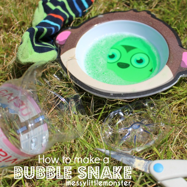 How to make a bubble snake blower. A fun outdoor summer activity for kids. Toddlers, preschoolers and older kids will love this easy play idea.