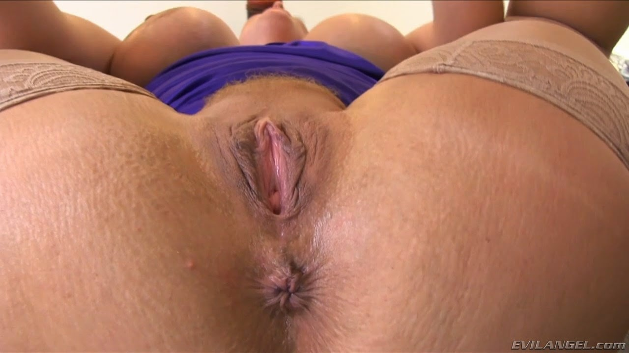 image Big booty milf miss lady needs big cock assistance