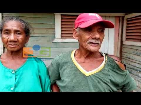 VER VIDEO Pareja de ancianos de mas de 80 años fueron atracados para robarles sus DIENTES