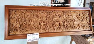 ukiran relief ramayana kayu jati