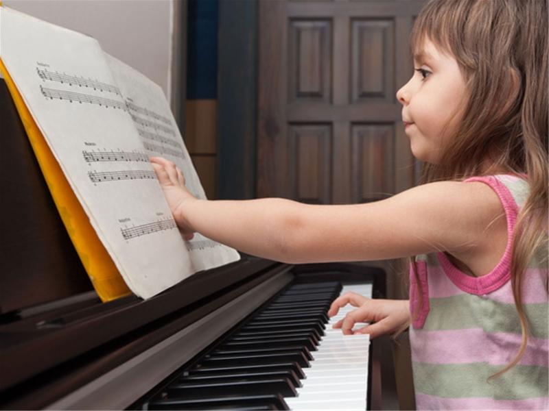 Cách chọn mua đàn piano điện tốt nhất, rẻ nhất cho bé