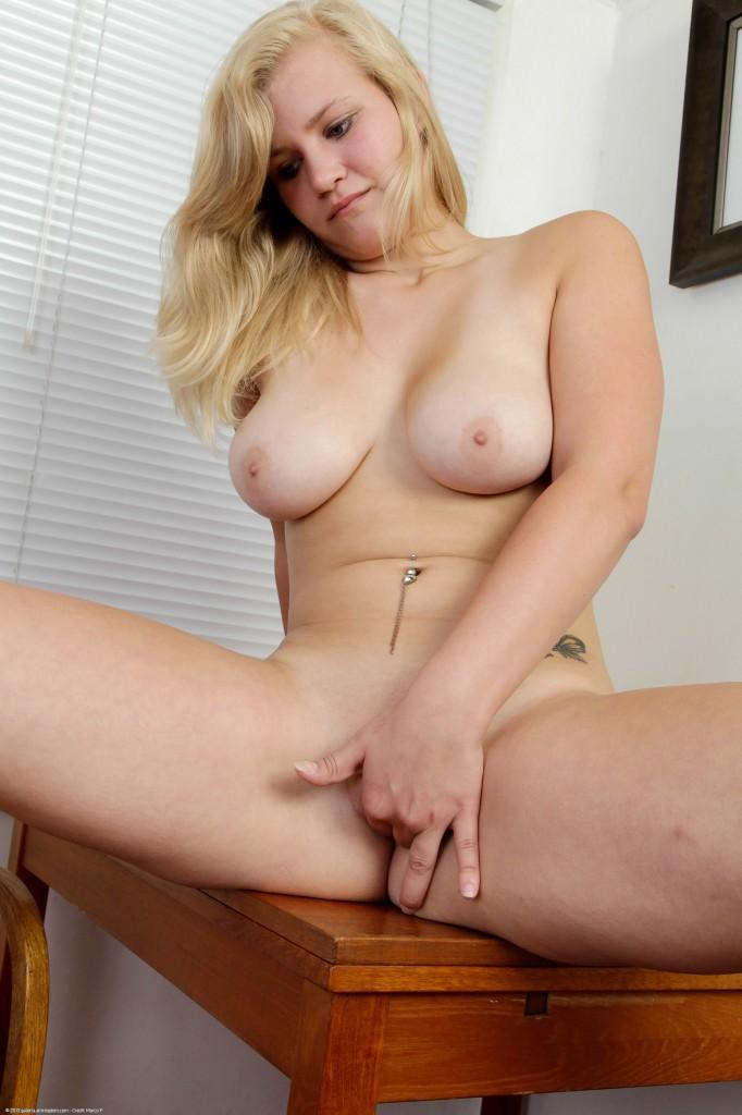 Roxy Lovette Porn