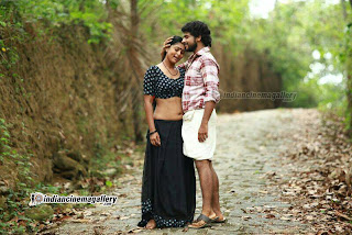 Vinutha Lal latest hot navel show photos from Parankimala ...