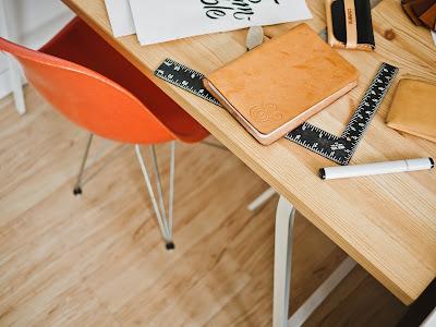 Meas y silla de trabajo