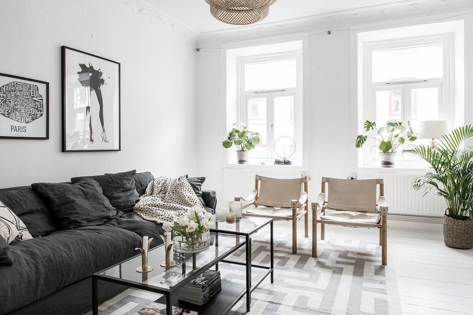salon, estilo nordico, sillas, silla, mesa centro, sofa gris, manta puntos, plantas, interiorismo, alquimia deco,