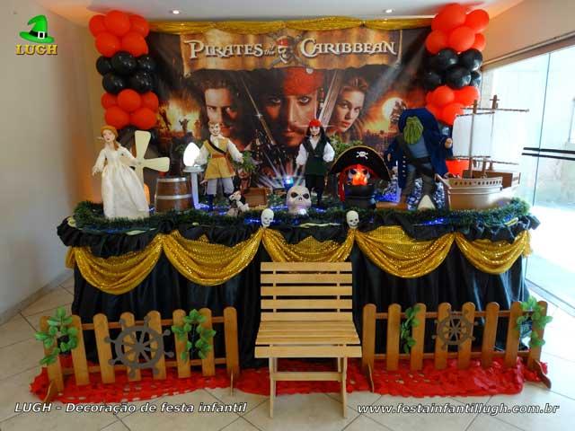 Decoração Piratas do Caribe - Mesa temática decorada para festa de aniversário infantil - Barra - RJ