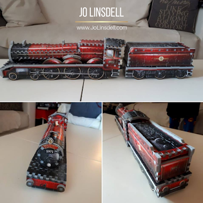 3D puzzle  of the Hogwarts Express