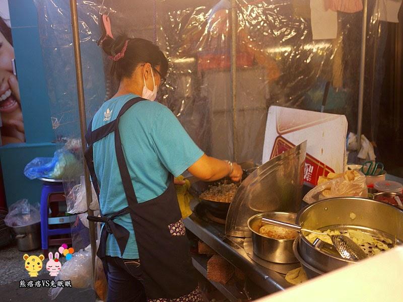 P1210766 - 東海夜市商圈│路邊攤賣的甜蜜潤餅(綜合口味