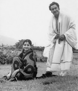 Kishore Kumar is with Yogita Bali in the picture.