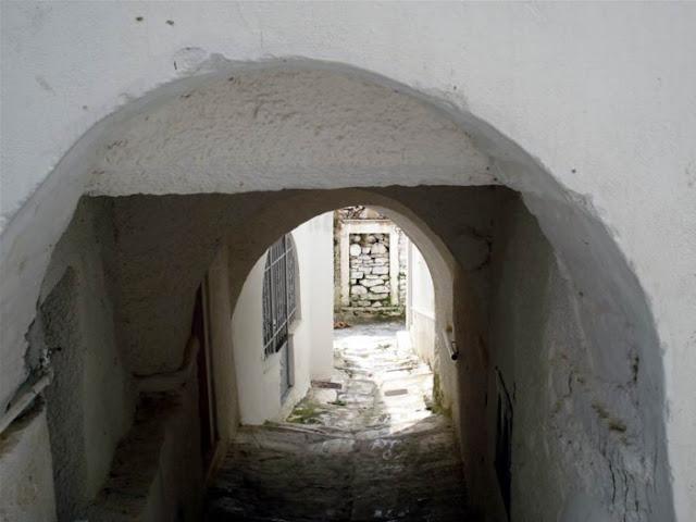 Κρυφό μονοπάτι Απειράνθου, Νάξος