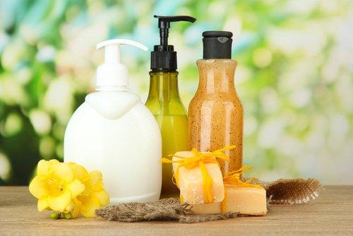 Populaire Faire son propre savon liquide pour les mains à la maison | La  AF34