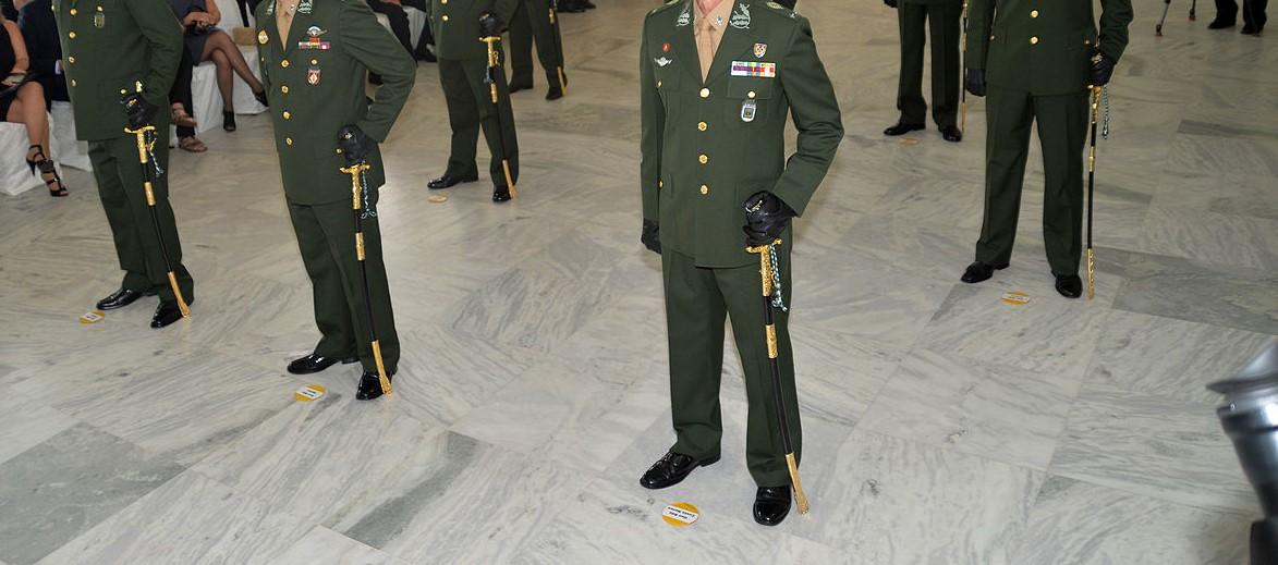 b2471f45f2505 Cerimônia de entrega da Espada de general aos novos generais de Brigada, no  gabinete do comandante do Exército