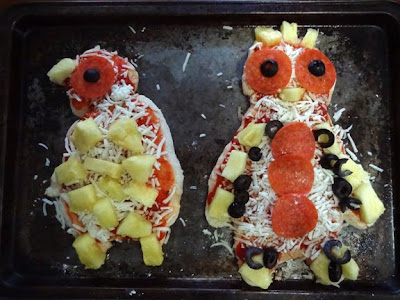 penguin pizzas food