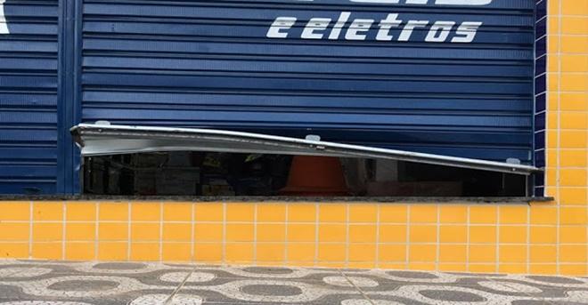 Loja Center Móveis da cidade de Ruy Barbosa-BA é arrombada